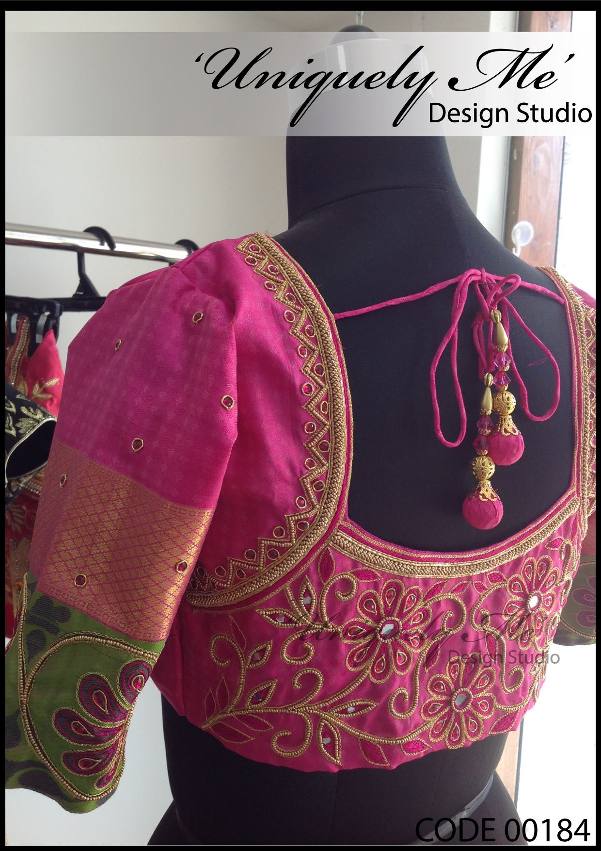 Embroidery blouse in ECR